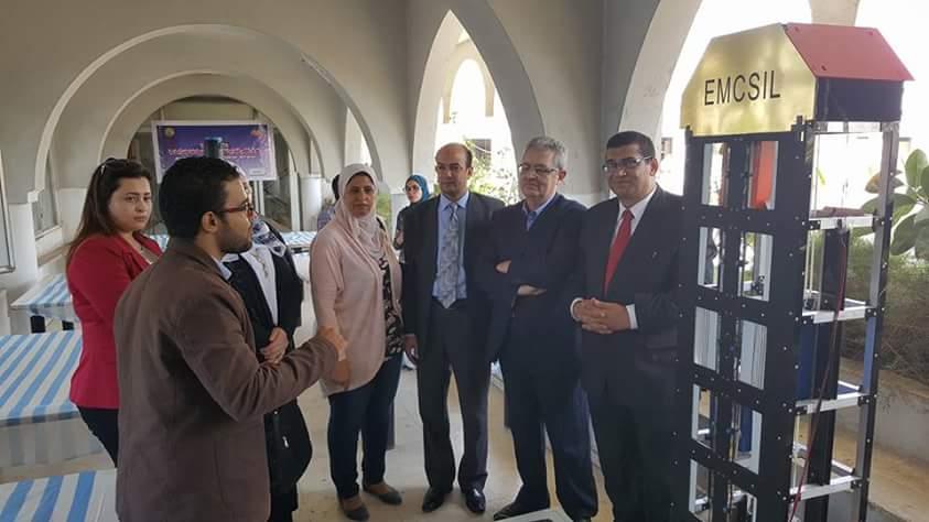 """افتتاح المعرض الأول """" لرابطة الجامعات الإسلامية """" لمشاريع التخرج بكليات الهندسة"""