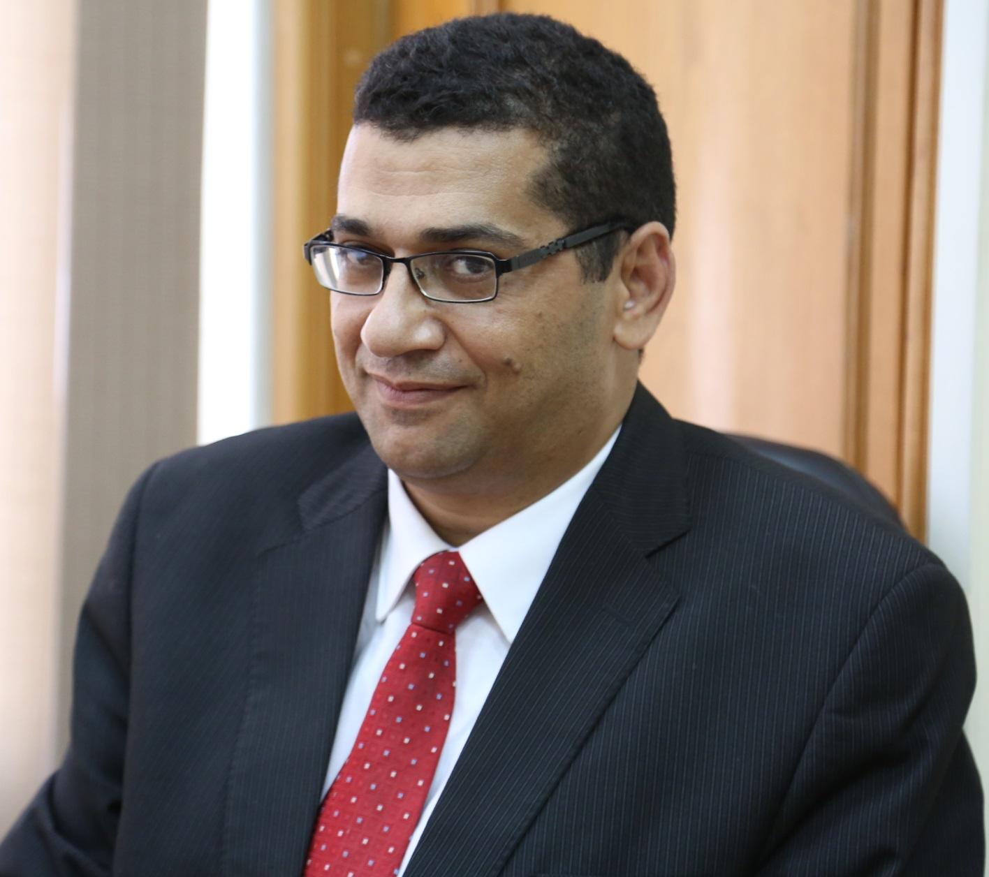 الداعية الإسلامي الدكتور أحمد علي سليمان يحذر عبر برنامج (الإسلام والحياة)من  الآثار الخطيرة للغيبة والنميمة على الفرد والمجتمع