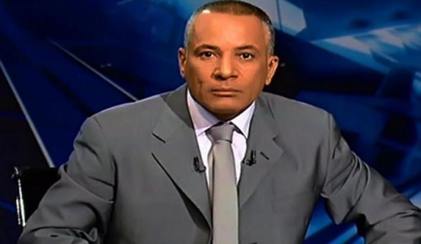 عاجل : احمد موسى يتلقى علقه ساخنه على ايدى اهالى الضحايا
