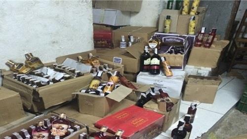 رأس سنه بلا خمور ضبط 597 زجاجة ويسكي مهربة من جمارك بقيمة تزيد عن 6 مليون جنيه