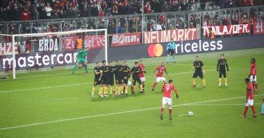 بايرن ميونخ يتقدم علي أتليتكو مدريد بهدف دون رد بعد نهاية الشوط الأول