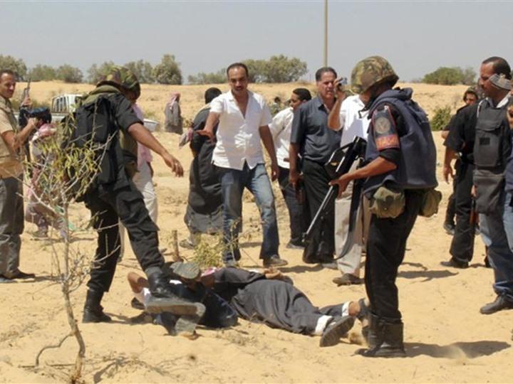 قتل 8 عناصر تكفيرية وإبطال مفعول 12 عبوة ناسفة جنوب الشيخ زويد