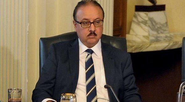 وزير الإتصالات.. قريبا خلال عام 2017 أول موبايل مصري