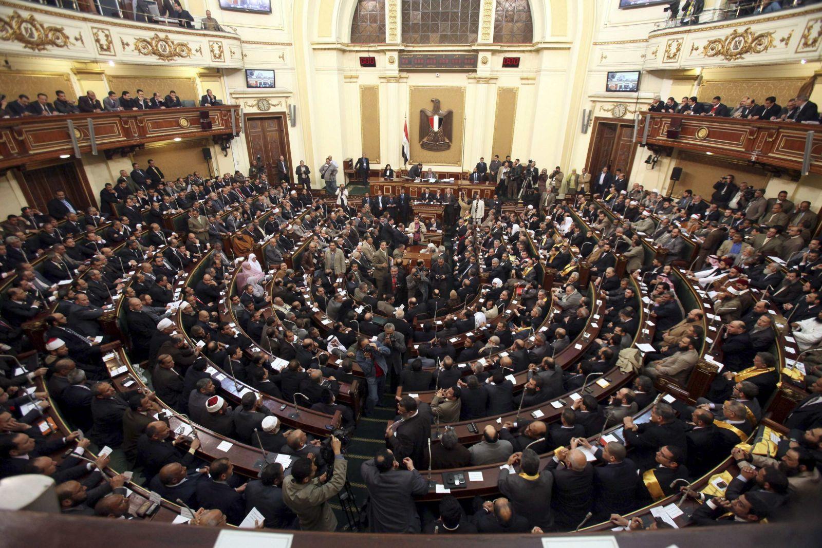 النواب عن التعديل الوزاري: 9 وزراء في مهب الريح، ووزير الأوقاف مقاتل