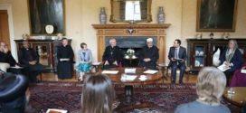 بالصور .. الإمام الأكبر يلتقي أعضاء المنتدى الإسلامي المسيحي البريطاني