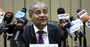 وزير التموين يوضح الحد الأقصي لإضافة المواليد، والإضافة علي بطاقة الجد