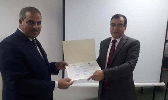 رئيس جامعة الأزهر يكرم وكيل الدعوة الإسلامية