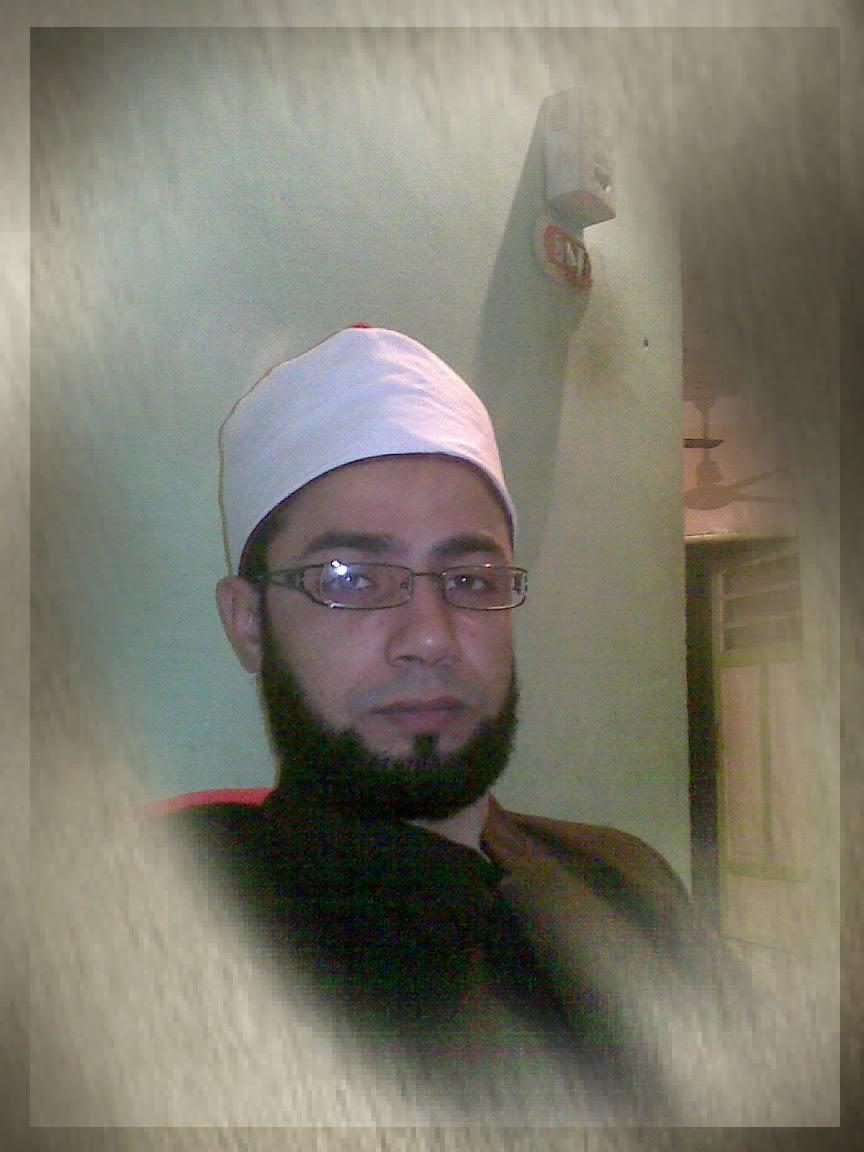 الأستاذ محمد القطاوي من المحررين ومدير عام الجريدة
