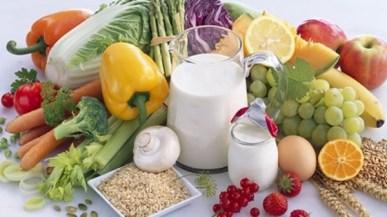 6 أطعمة رخيصة الثمن تساعد على خفض الوزن سريعا.. أبرزها البرتقال والعدس