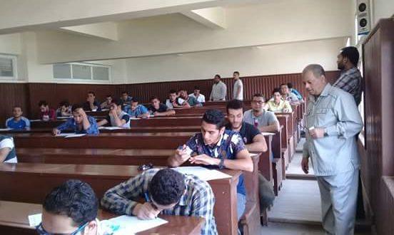 """وكيل """"أصول الدين والدعوة """" يشدد على اتباع تعليمات رئيس الجامعة صور"""