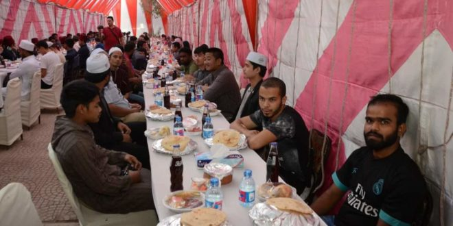 بالصور .. العالم الإسلامي يجتمع على مائدة عالم أزهري