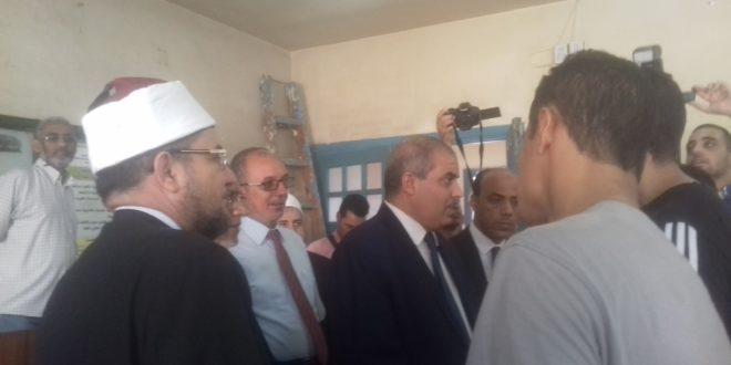 وزير الأوقاف ورئيس جامعة الأزهر يتفقدان الدراسات الإسلامية للبنين