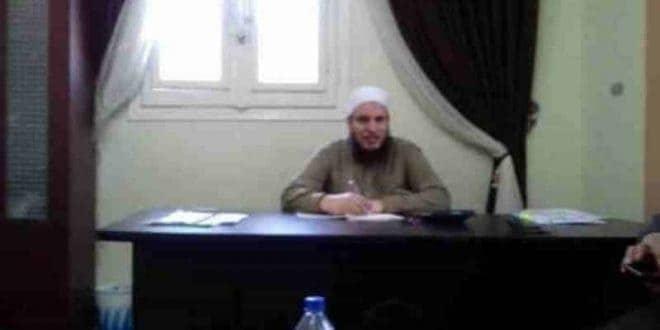 خالد بدير : صفات علماء الفتنة الجهل والفتوي بغير علم والتكفير والكذب ويبيعون دينهم ..